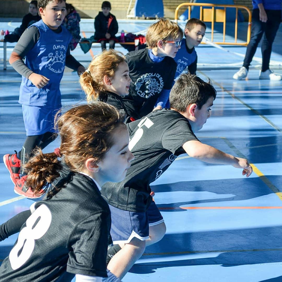 09-escola-de-basquet-cbprat